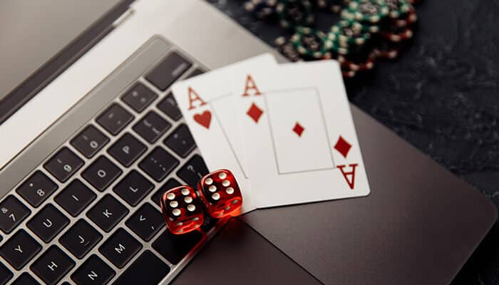 Advanced tips and strategies for playing live Blackjack