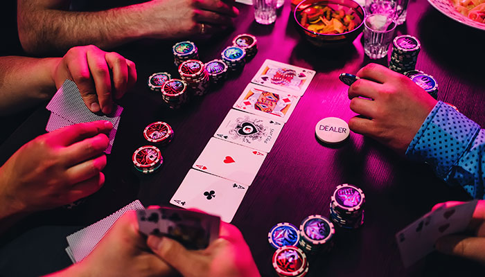 Develop an advanced poker strategy